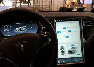 Tesla_Model_S_Expert_ecogreen_Energie_Navigation